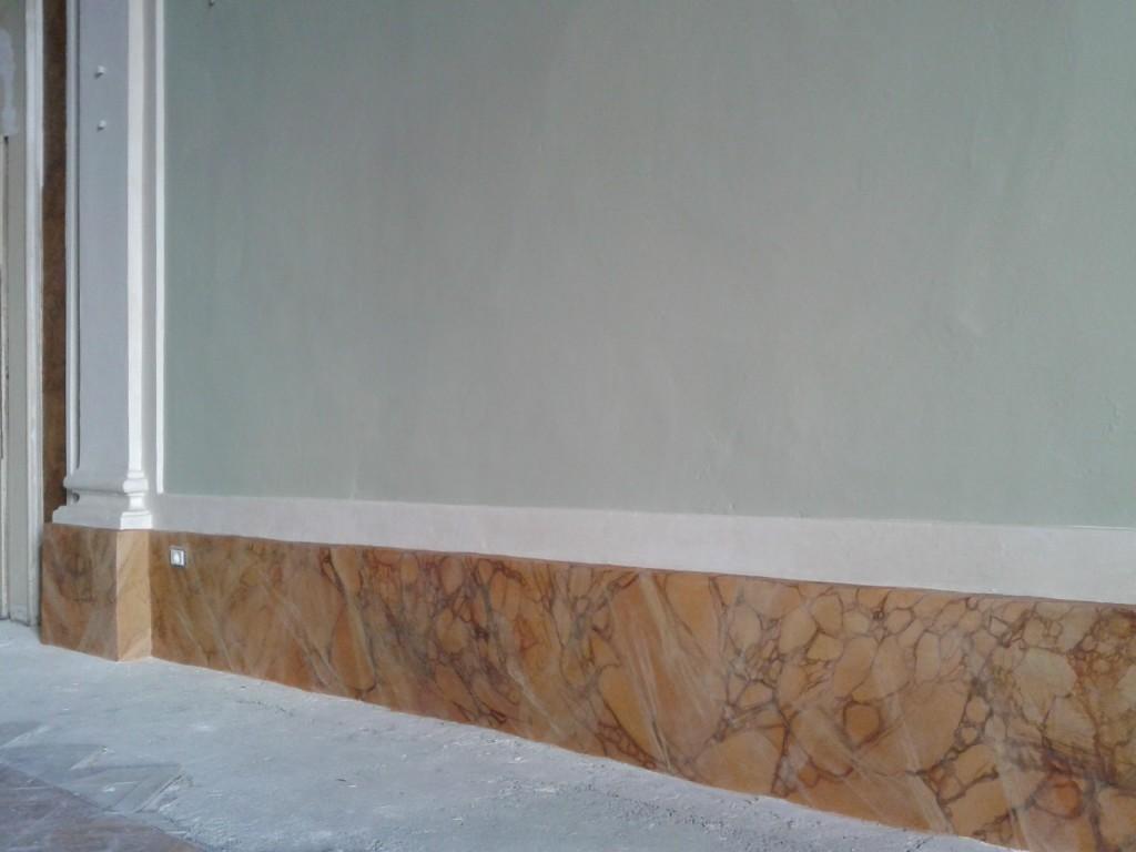 Finto marmo giallo siena